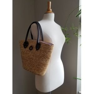 Handbags - Straw Basket Tote Purse with Bandana Closure